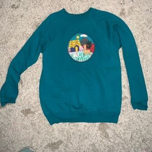 Hanes vintage embroidered sweatshirt